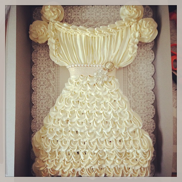Wedding Gown Cupcake Cake Archives - Mother of the Bride
